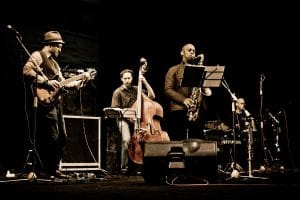 10 estrategias de marketing musical para artistas independientes
