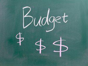 10 formas de utilizar un pequeño presupuesto de marketing musical para su próximo lanzamiento